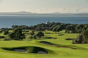 Golfplatz Alcanada, Mallorca, Leuchtturm, Grün, Fairway, Bunker, Bäume, Meer