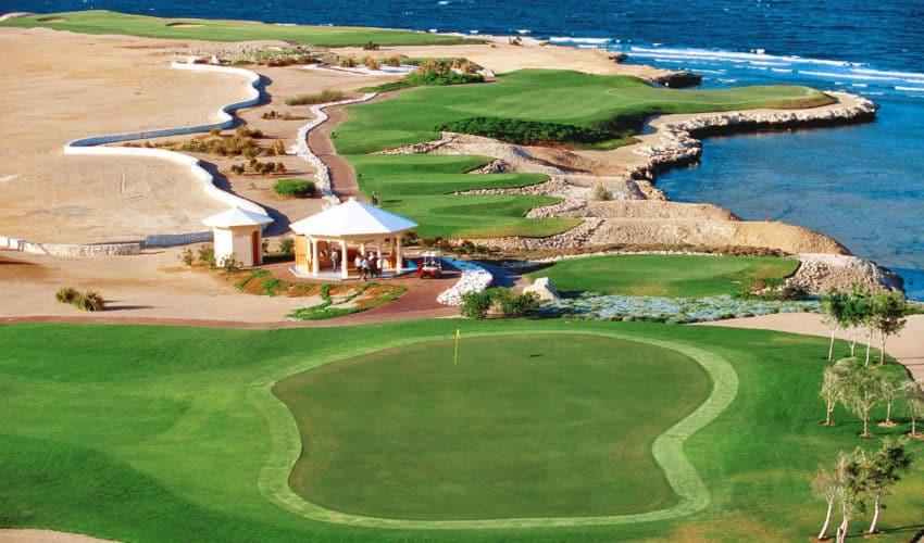 Cascades Golf & Country Club